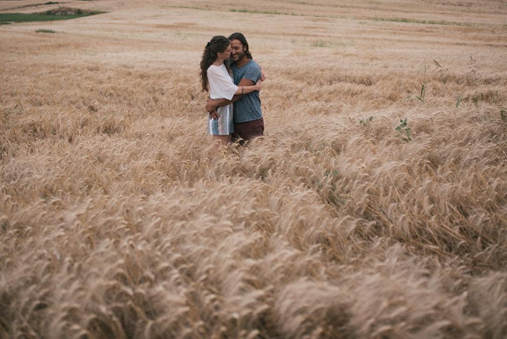 Servizio fotografico engagement di coppia per Alessio e Cinzia, nell'antica città di Castro, Tuscia, Viterbo. Noemi Federici, Fotografo Professionista di coppia a Viterbo.