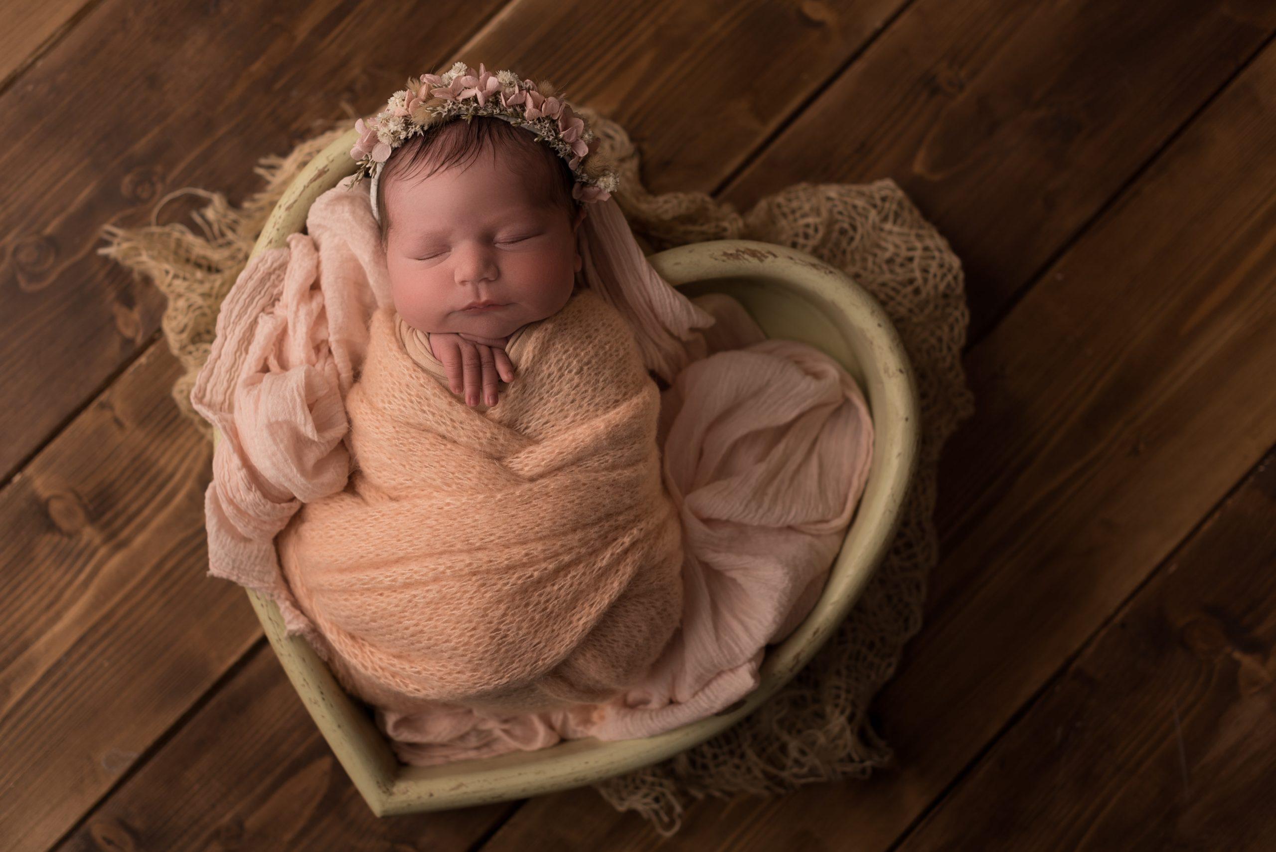 Fotografo Neonati Viterbo: New Born il servizio fotografico più dolce che ci sia!