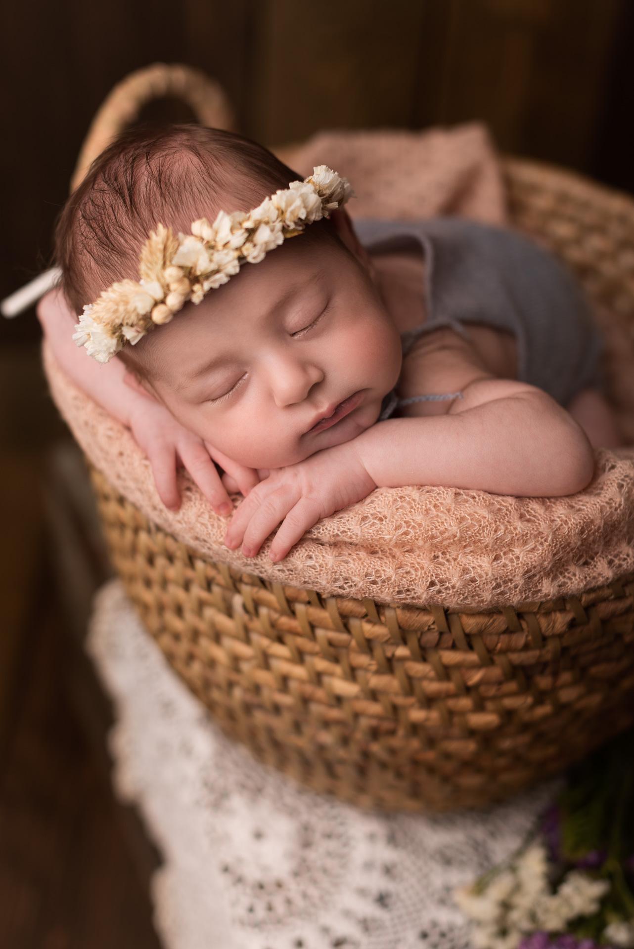 Servizio Fotografico Newborn Tuscia: una prima dolcissima esperienza